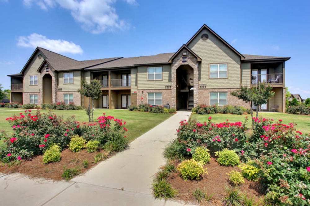The Grove at Stone Park is ideally located in sunny Pike Road, Alabama.