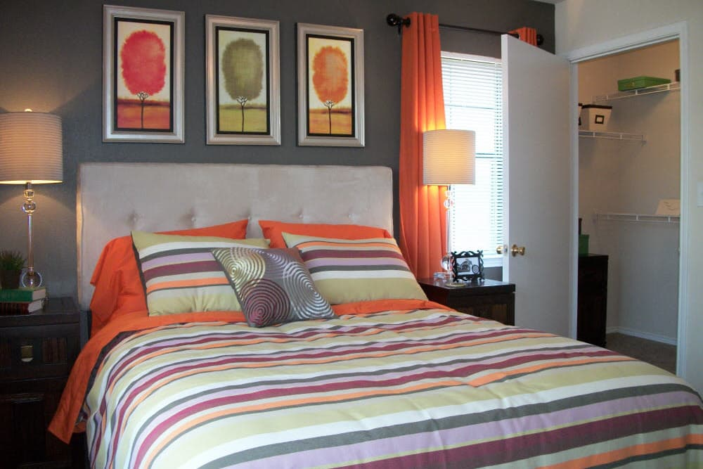 The Abbey at Hightower offers a quiet bedroom in North Richland Hills, TX