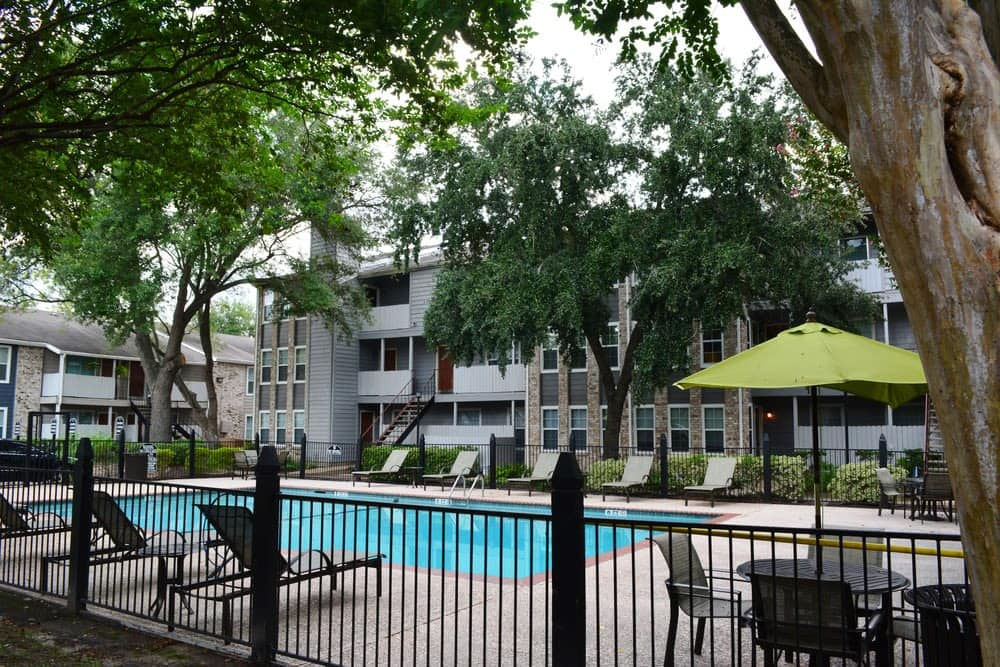 The Abbey at Eldridge offers a spacious swimming pool in Houston, TX