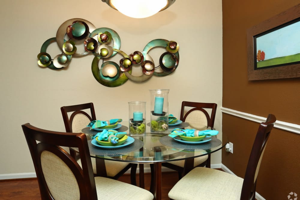 Dining room at The Abbey at Conroe apartments