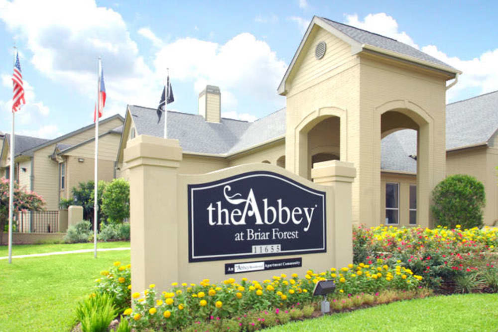 Beautiful entryway at The Abbey at Briar Forest in Houston, TX