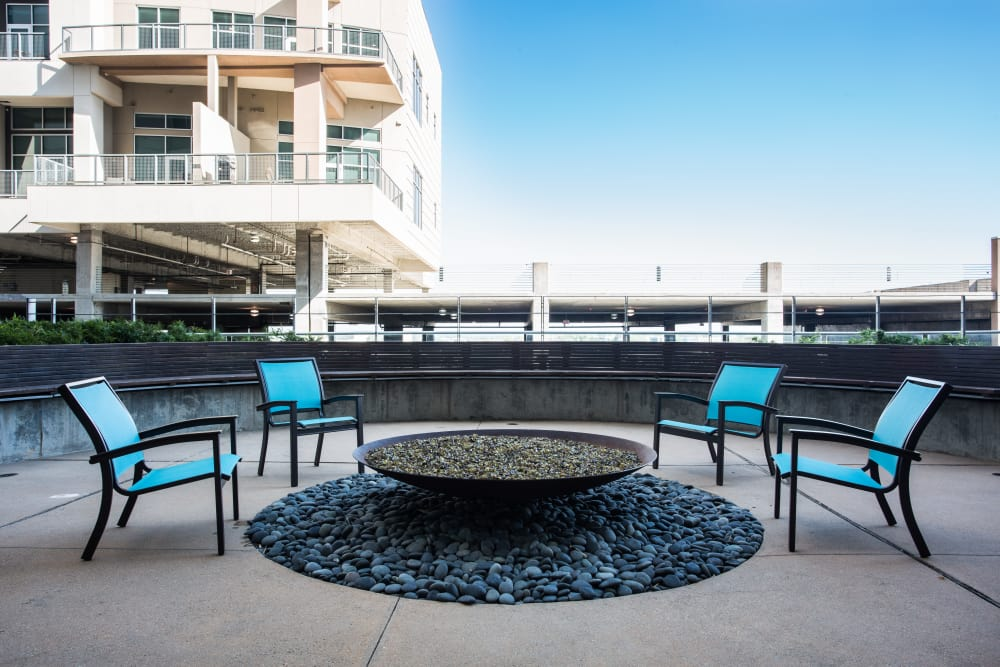 dallas high rise apartments for rent