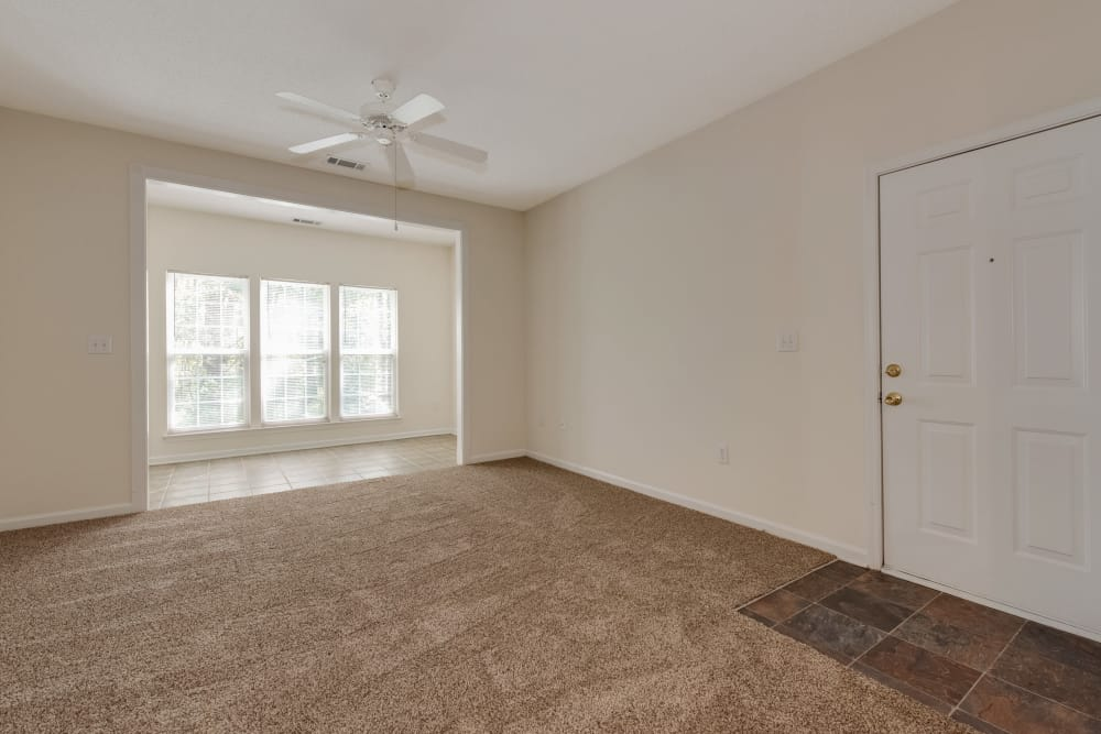 Living room at Forest Oaks Apartment Homes
