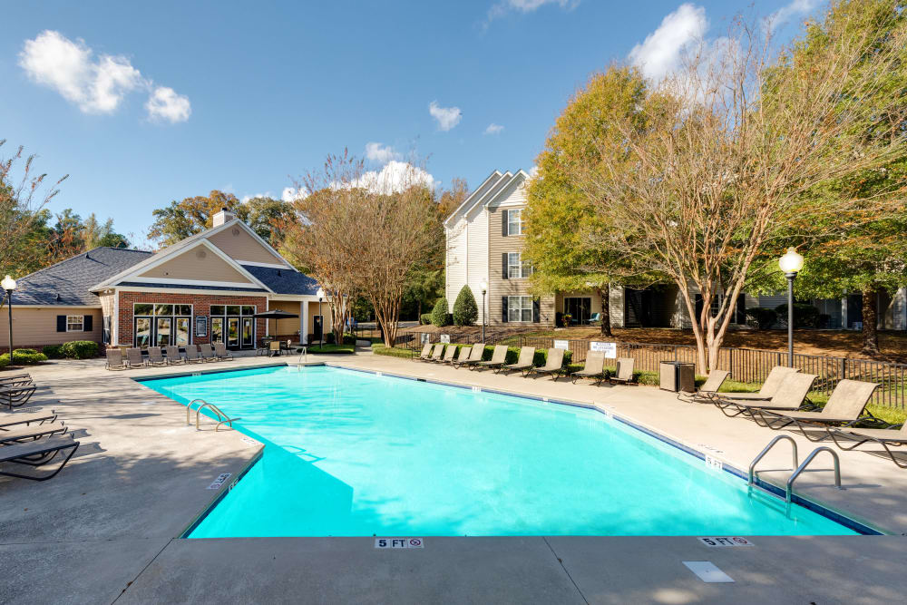 Swimming pool at Forest Oaks Apartment Homes