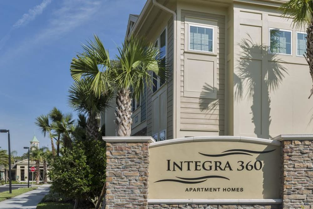 Welcome to Integra 360 Apartment Homes in Winter Springs, FL