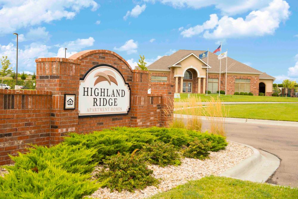 Main sign at Highland Ridge Apartments