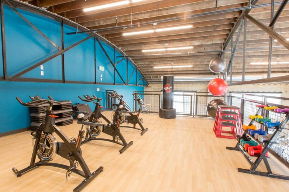 Enjoy Apartments with a Gym at Oxford Station Apartments