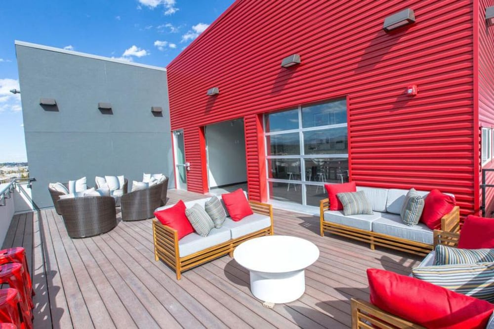 Rooftop Lounge at Oxford Station Apartments in Englewood, Colorado