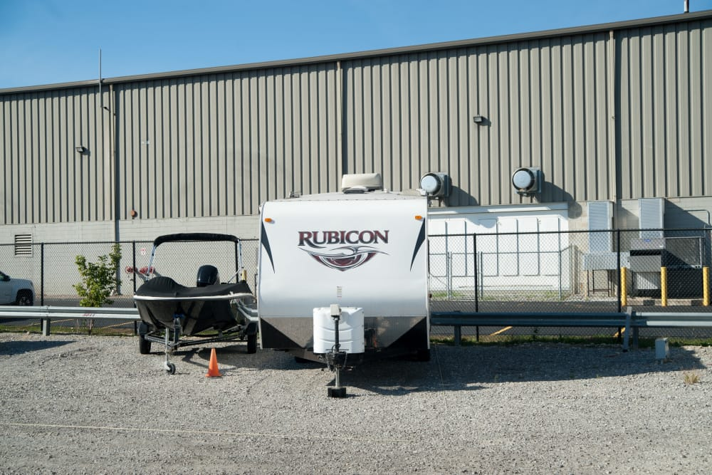 1-800-SELF-STORAGE.com features boat and RV storage in Troy, Michigan
