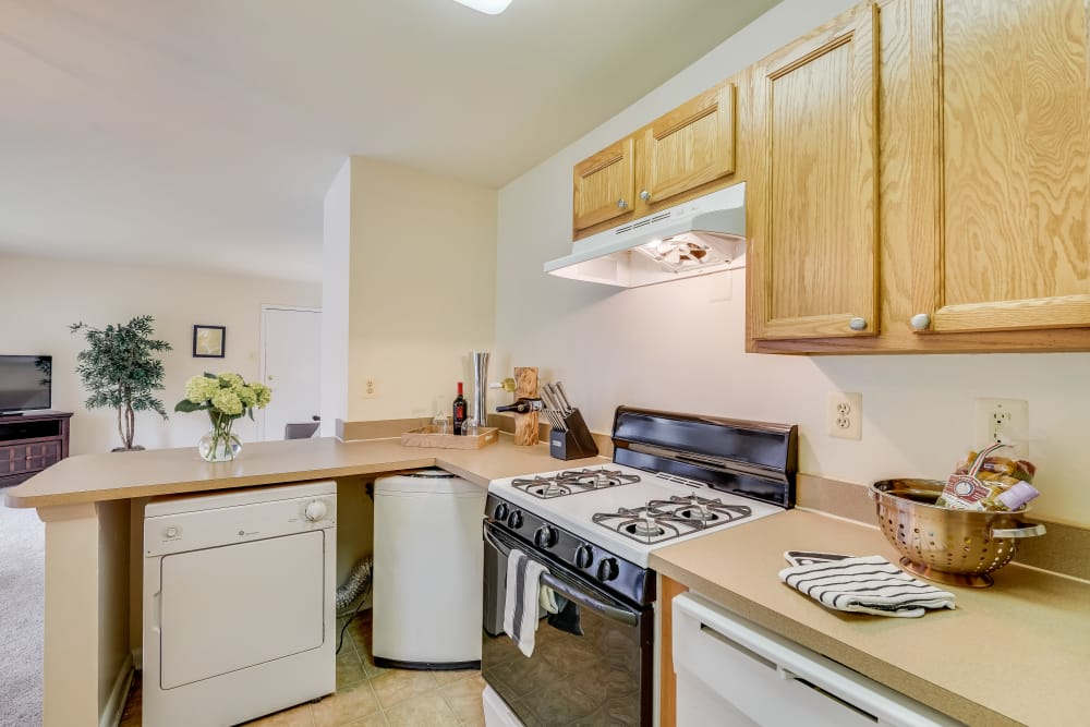 Example kitchen at Fireside Park Apartments