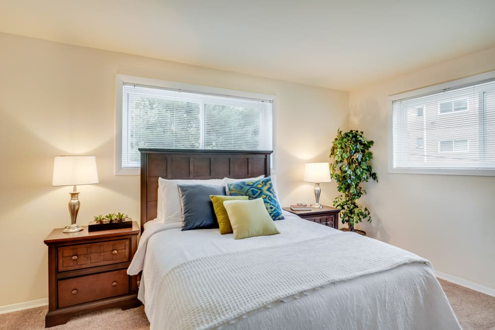Fireside Park Apartments offers a unique bedroom in Rockville, Maryland