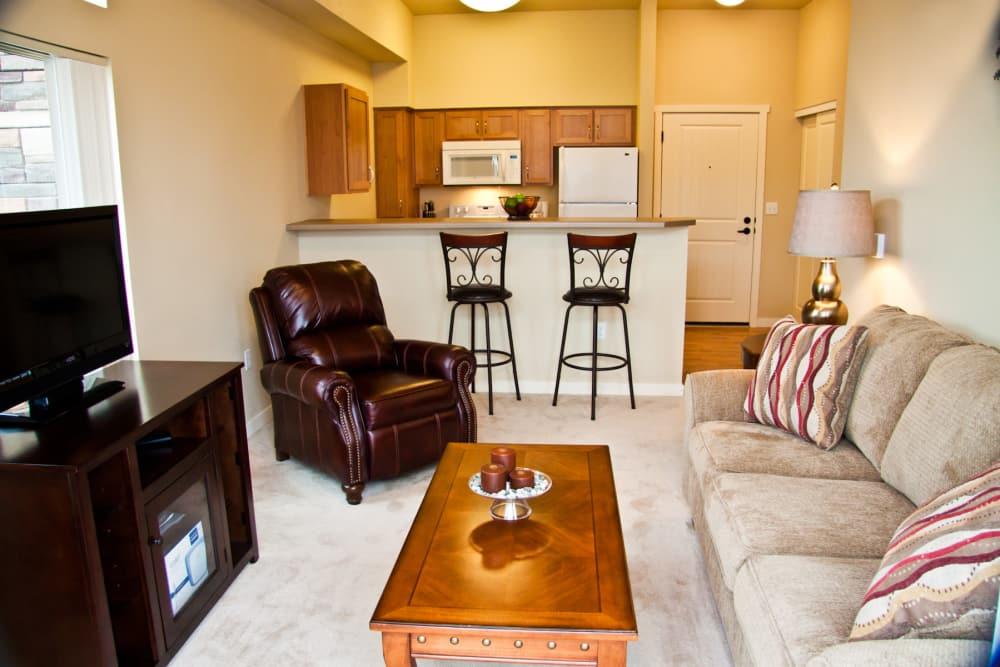 Cozy living room at Affinity At Walla Walla in Washington