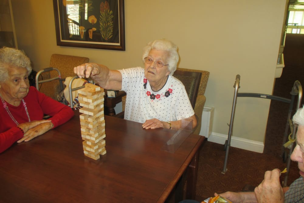 Seniors playing jenga at Eastern Star Masonic Retirement Campus