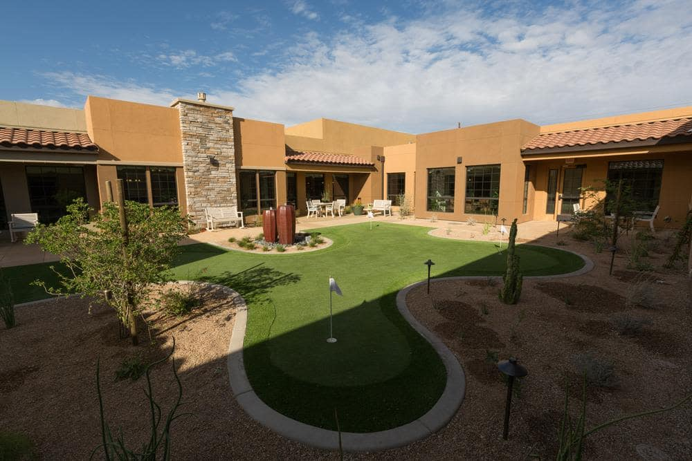 Courtyard and Putting Green at Lone Mountain Memory Care in Scottsdale, AZ