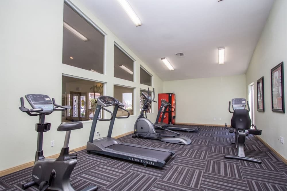 The fitness center at Lantana Apartments