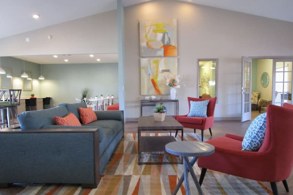 Comfy chairs and sofas at Lantana Apartments