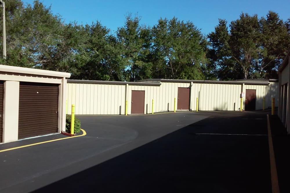 Buildings at Best American Storage in Tavares