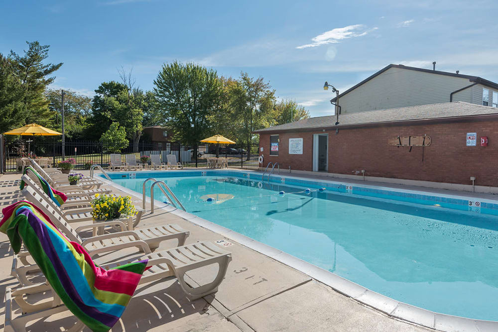 Luxurious swimming pool at Maple Oaks Estates in Middletown