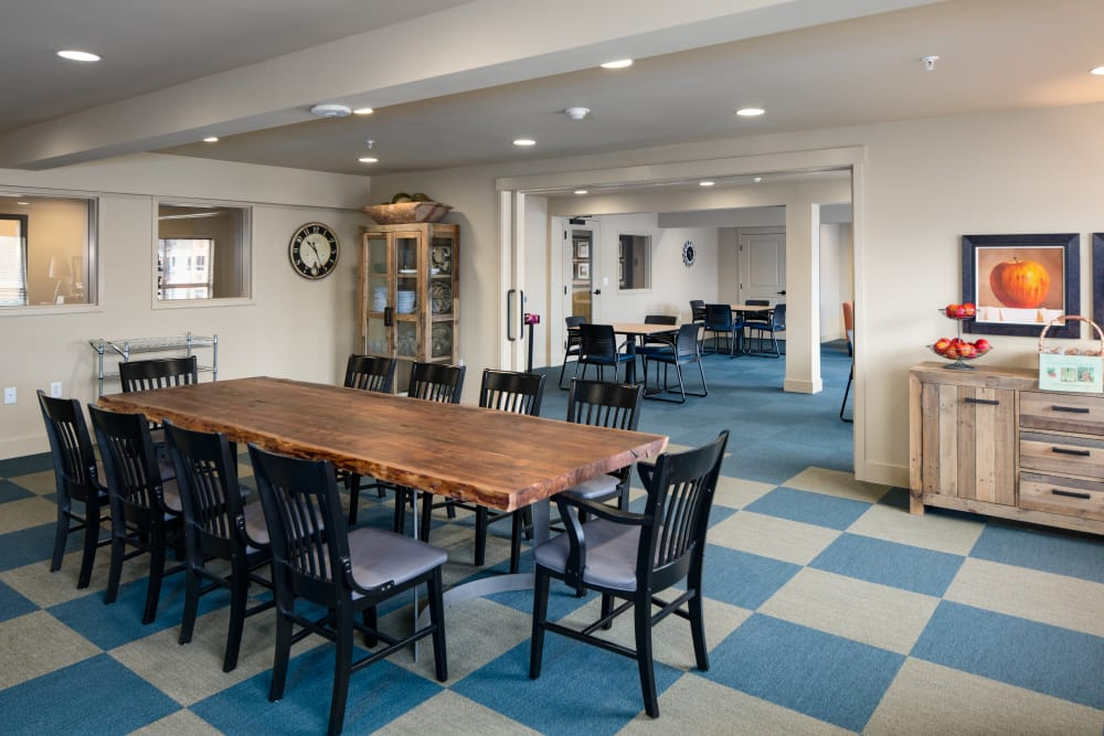 Community dining room at Affinity at Fort Collins