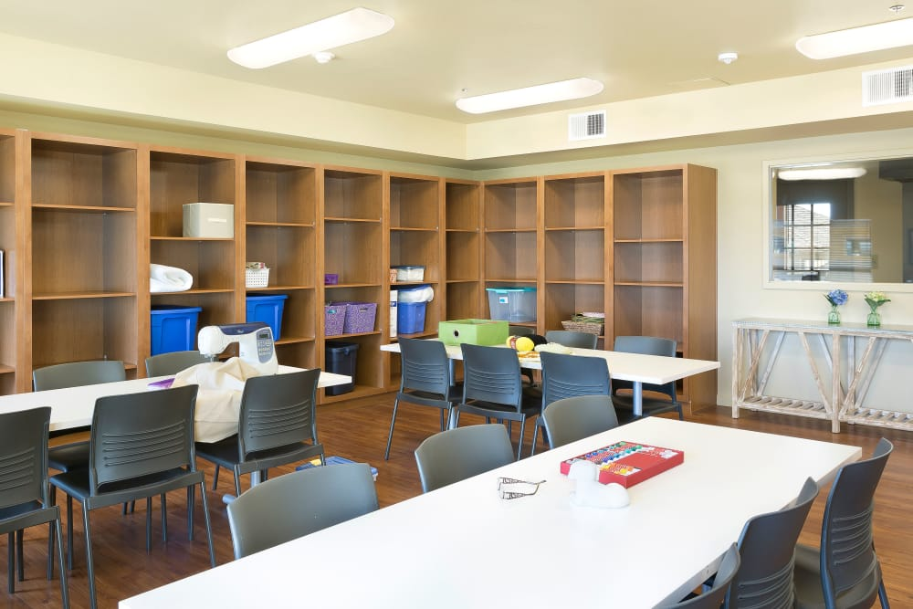 Arts and crafts room at Affinity at Eagan