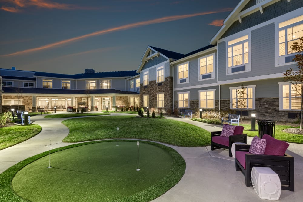 Beautiful putting green at Stonecrest of Meridian Hills in Indianapolis