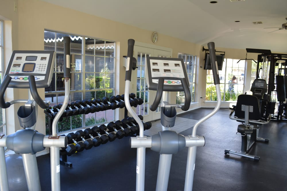 Fitness center at The Abbey at Briargrove Park in Houston