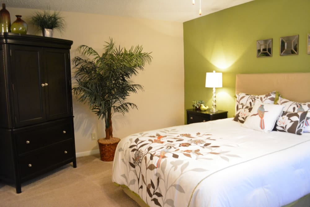 Master bedroom at The Abbey at Briargrove Park in Houston