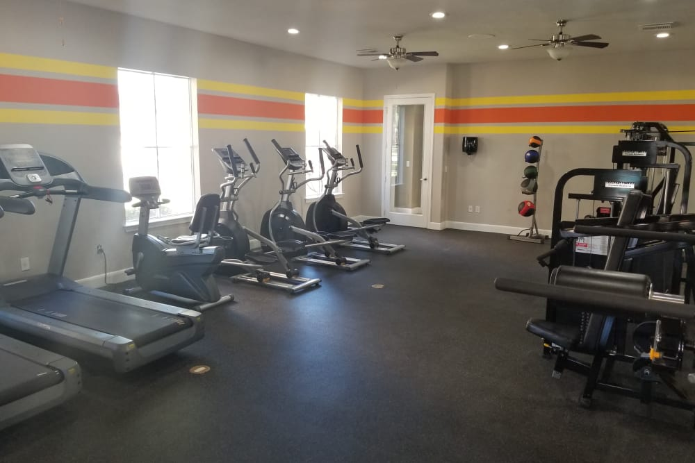 Humble apartments includes a fitness center