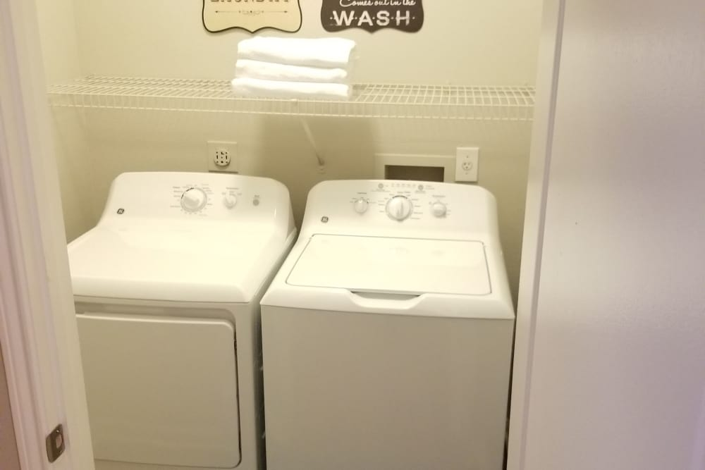 apartment includes a washer and dryer at Timberlakes at Atascocita