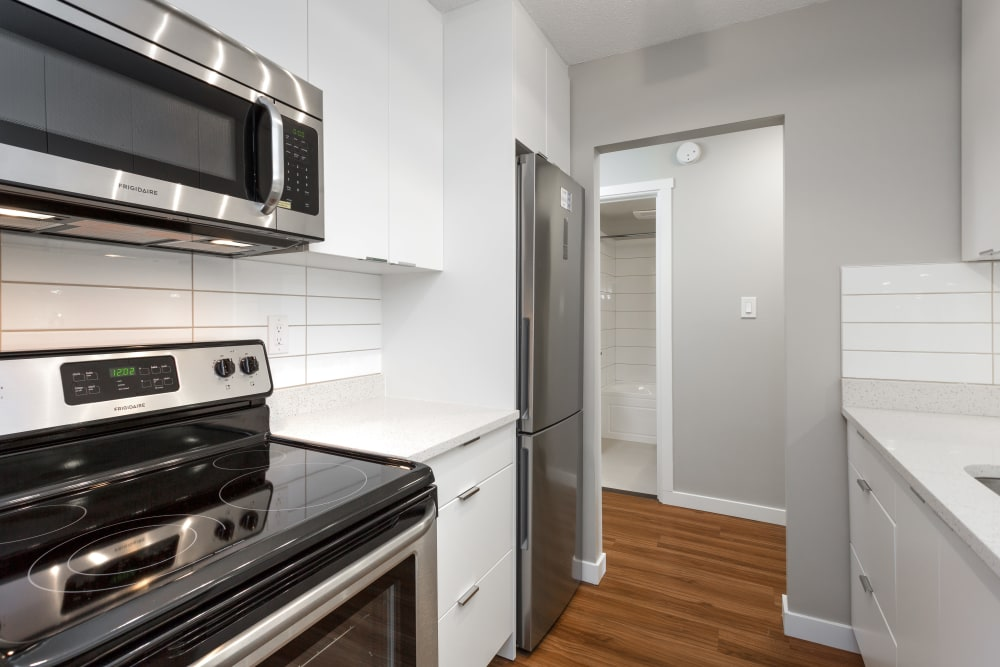 Enjoy a luxury kitchen at Parkview Towers