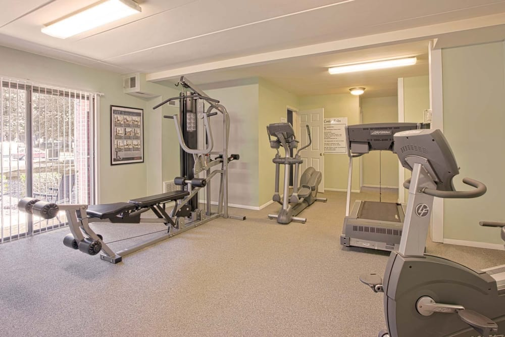 On-site fitness center at Parkway Apartments in Williamsburg