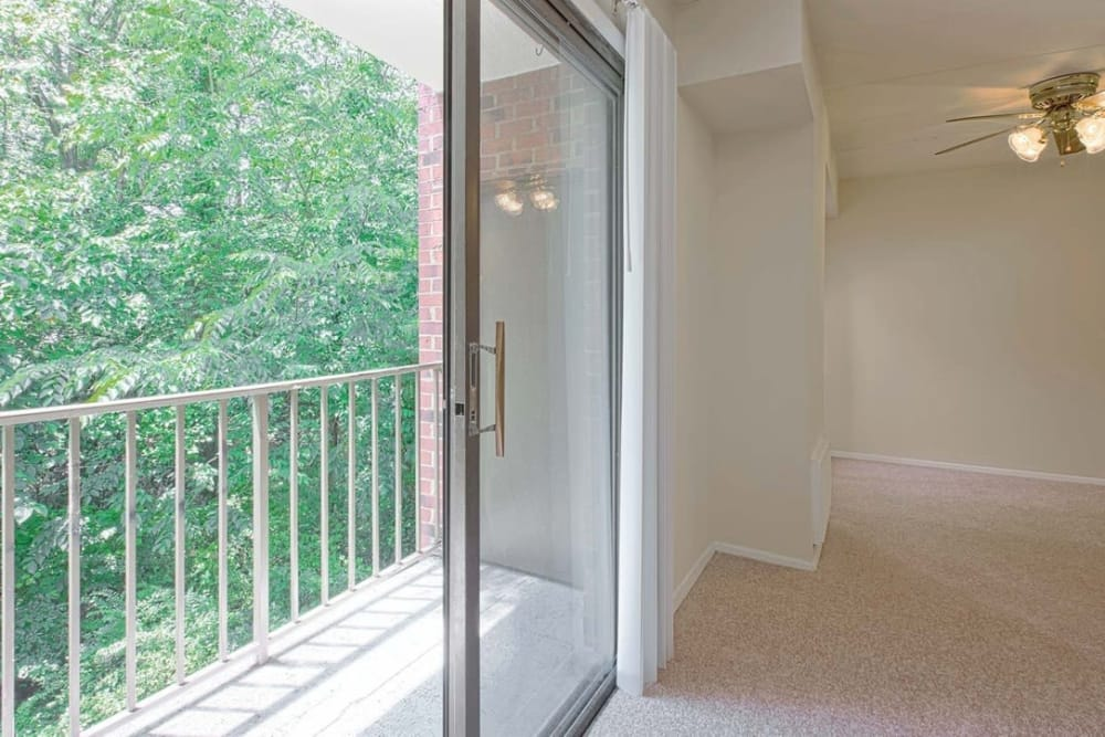 Private balcony at Parkway Apartments in Williamsburg