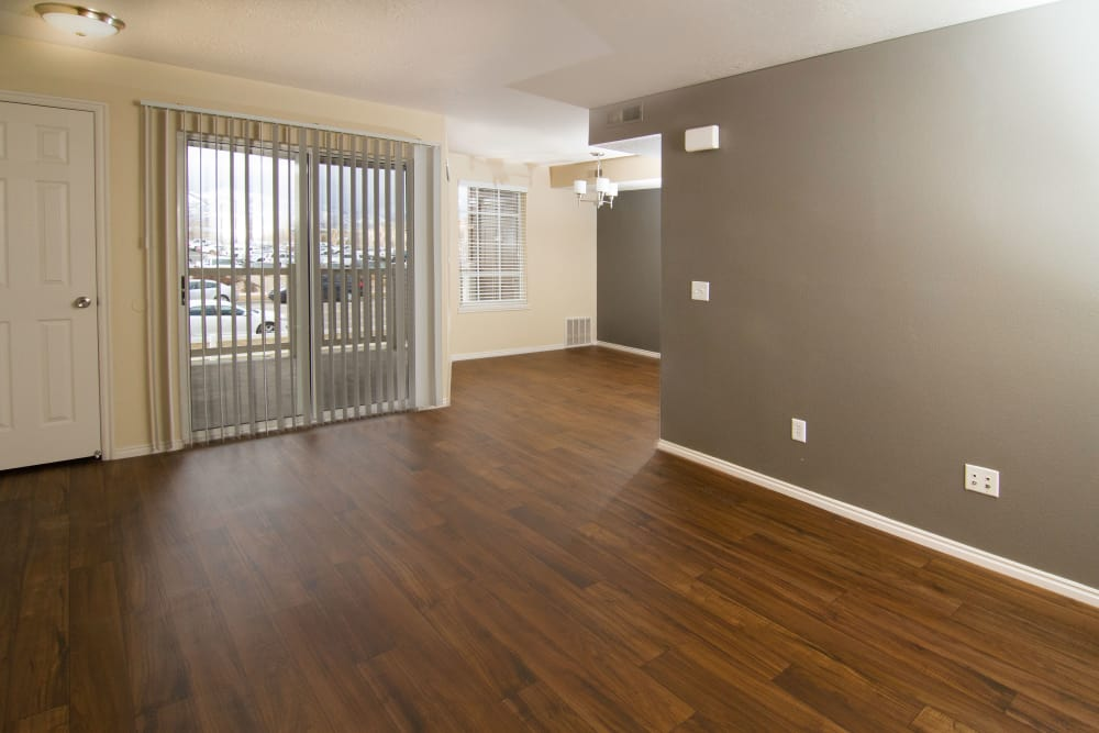 Dining room at Woodgate Apartments