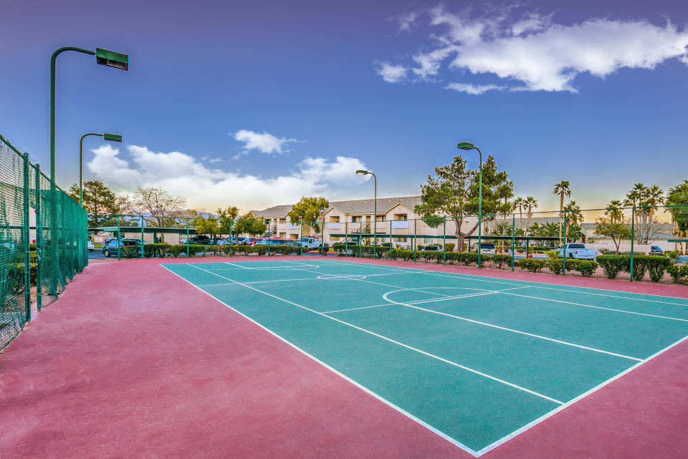 Tennis court at Portofino Villas Apartments