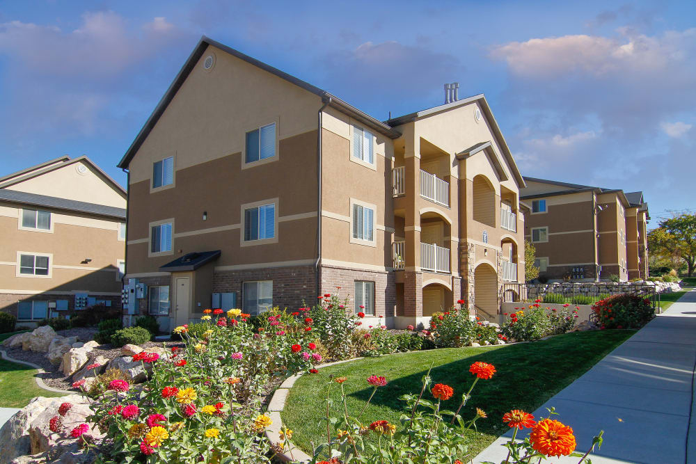Pretty flowers at apartments at Ridgeview Apartments
