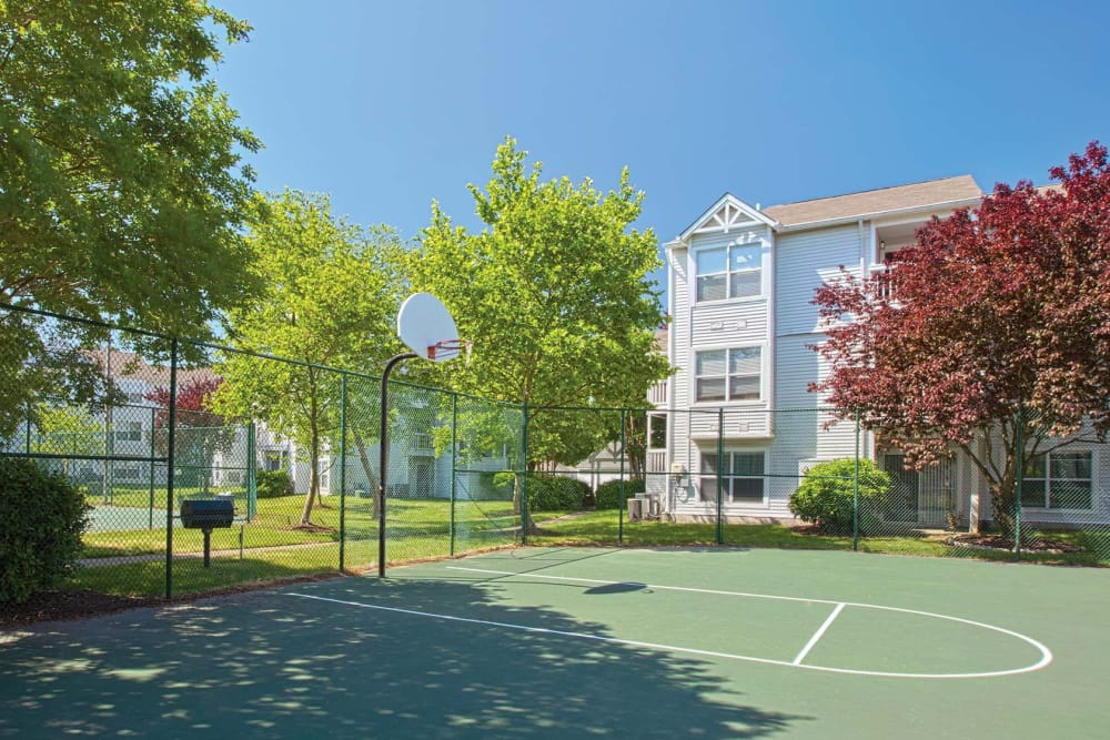 The outdoor basketball court at Reflections at Virginia Beach