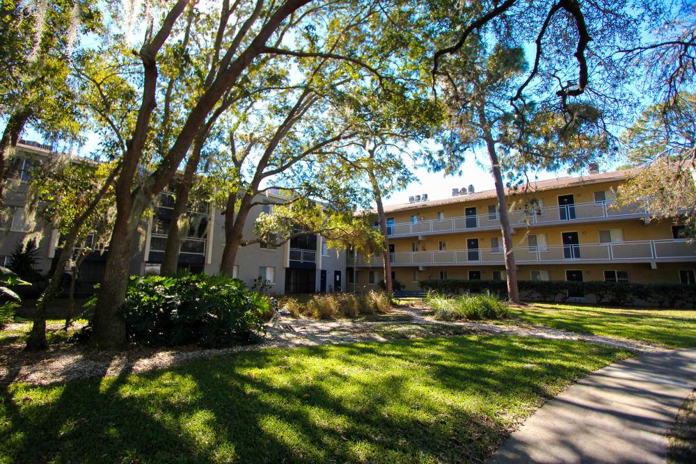 Exterior view of the Promenade at Edgewater community in Dunedin, Florida