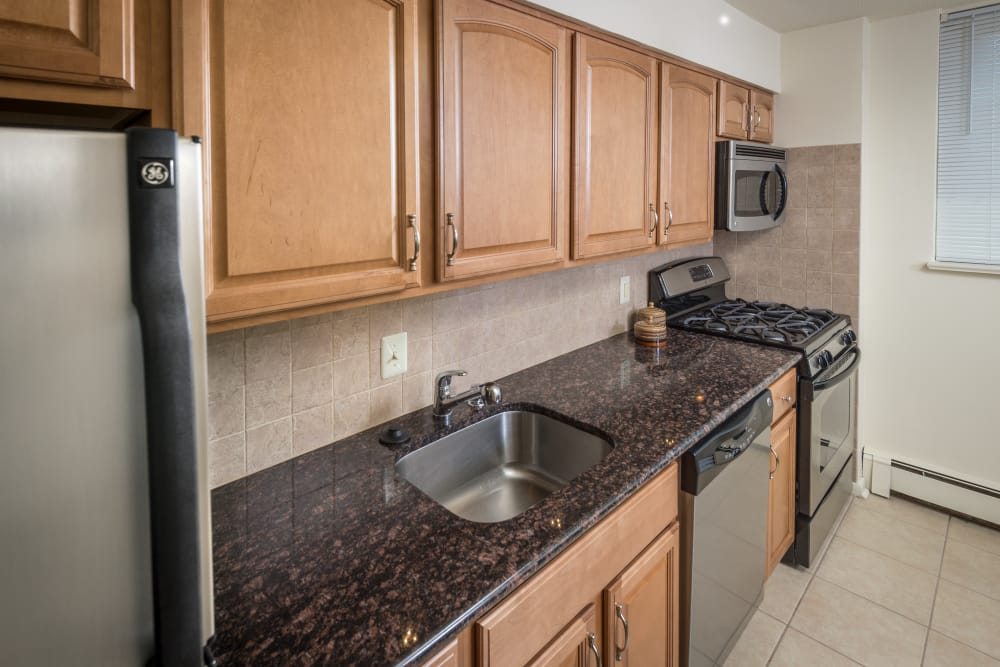 Nice stainless-steel kitchen appliances at Haddonview Apartments