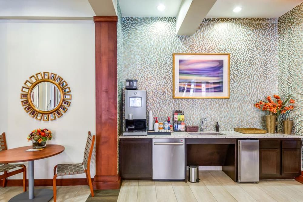 Coffee Bar at 4000 Hulen Urban Apartment Homes in Fort Worth, Texas