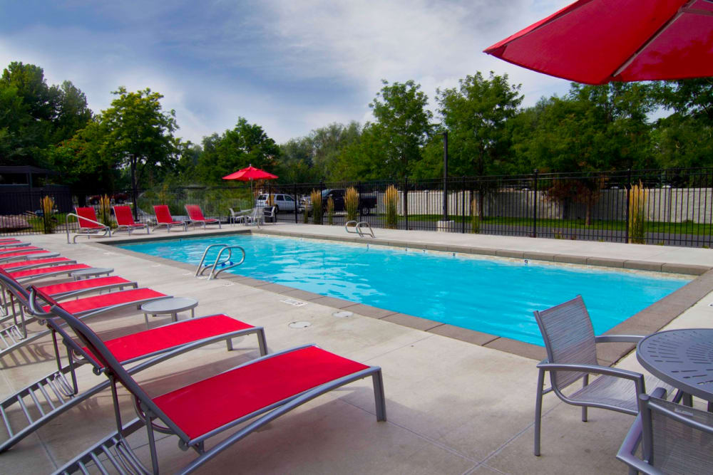 Swimming pool at Sandpiper Apartments in Holladay, Utah