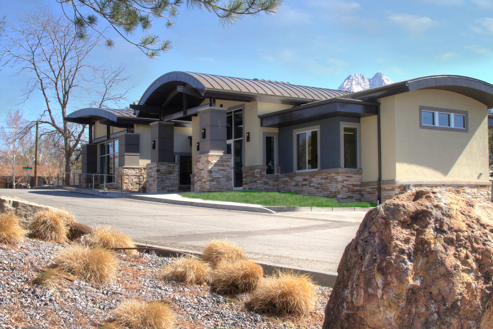 Leasing office at Sandpiper Apartments in Holladay, Utah