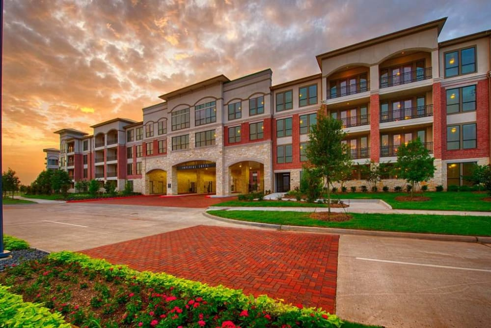 Natrually well-lit lofts at Imperial Lofts in Sugar Land, Texas