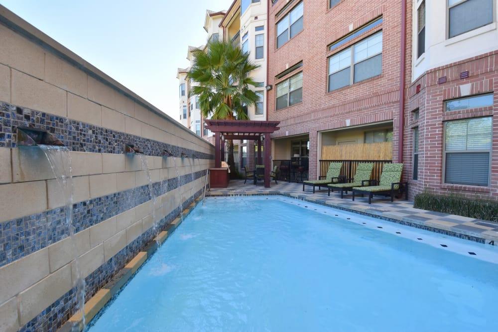 Midtown Grove Apartments pool