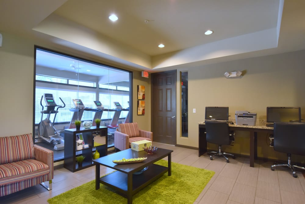 Resident lounge at Midtown Grove Apartments