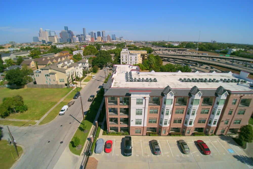 Aerial view of Midtown Grove Apartments