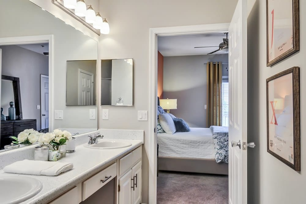 A glimpse of the bathroom at Parc at 980