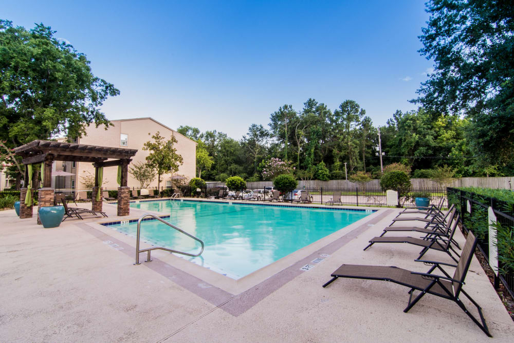 Sparkling pool at Deerbrook Forest Apartments