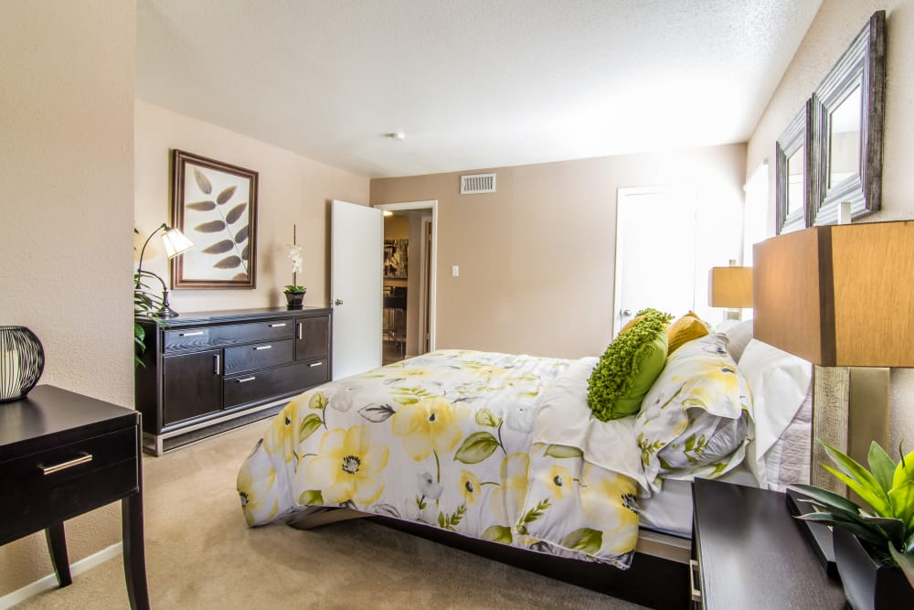Large bedroom at Deerbrook Forest Apartments