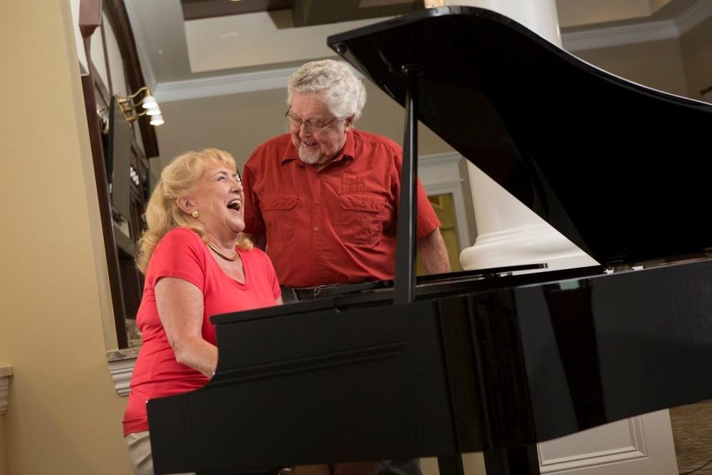 Learn to play piano in Bonita Springs