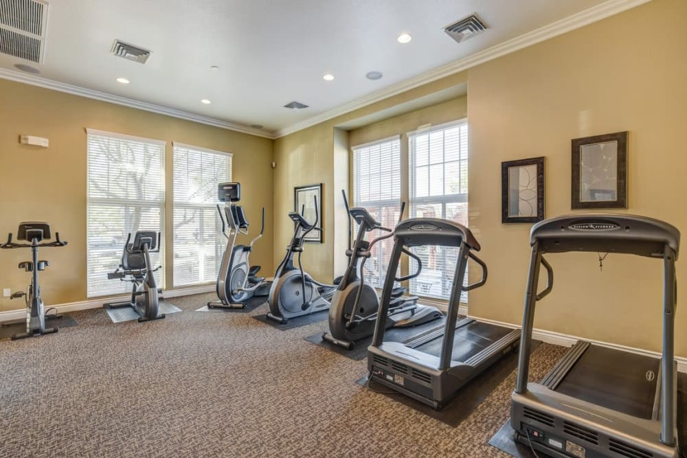 Fitness center at Norterra Canyon Apartments